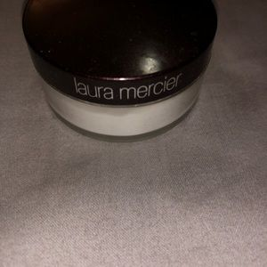 laura mercier Makeup - Setting powder